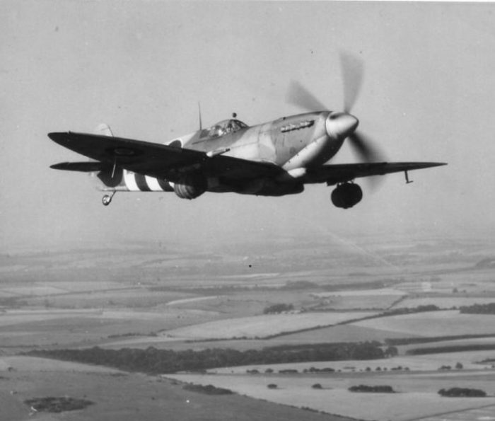 Spitfire carrying beer barrels.Photo: RV1864 CC BY-NC-ND 2.0