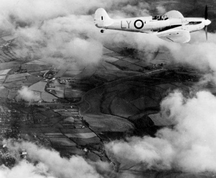 A Royal Air Force Supermarine Spitfire Mark I of No. 1 Photographic Reconnaissance Unit RAF in flight.