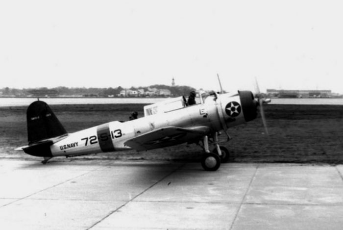 A U.S. Navy Vought SB2U-2 Vindicator (BuNo 1369) of scouting squadron VS-72 taxis at Naval Air Station Norfolk, Virginia (USA), in January 1941