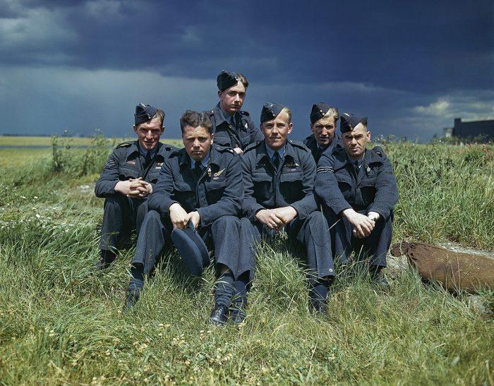 Flight Lieutenant Joe McCarthy and his crew of No. 617 Squadron (The Dambusters) 22 July 1943.