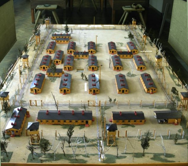 Model of the set used to film the movie The Great Escape. Wikigraphists of the Graphic Lab CC BY-SA 3.0