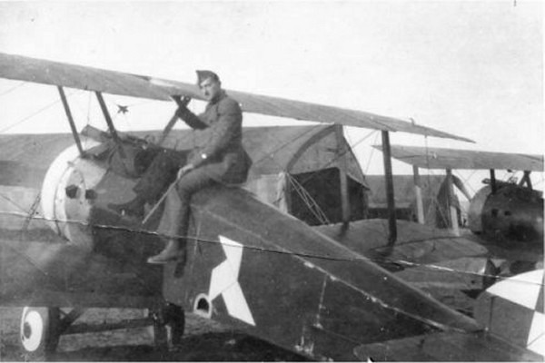 """Belgian Sopwith Camel flown by Adj. Léon Cremers with n° 11 Squadron """"Cocotte"""" marking."""