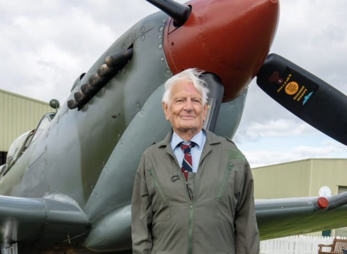 Bernard Gardiner in front of the Spitfire. Image courtesy of Hawker Typhoon Preservation Group