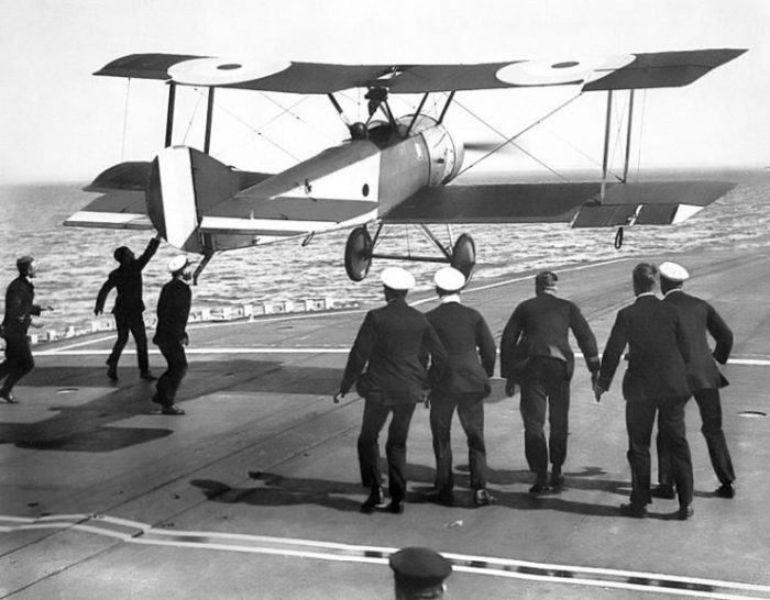 Sqn Cdr E. H. Dunning attempting a landing on HMS Furious in a Sopwith Pup (August 1917).