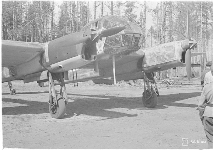 The German light bomb and intelligence machine brings German war corpses. (The picture shows Focke-Wulf Fw 189A). Location- Tiiksjärvi