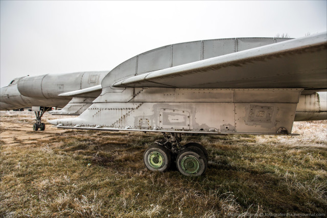 Developed from Tupolev Tu-98 bomber prototype.