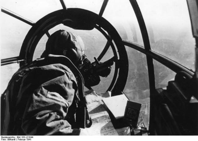 (Bundesarchiv, Bild 183-L21844)