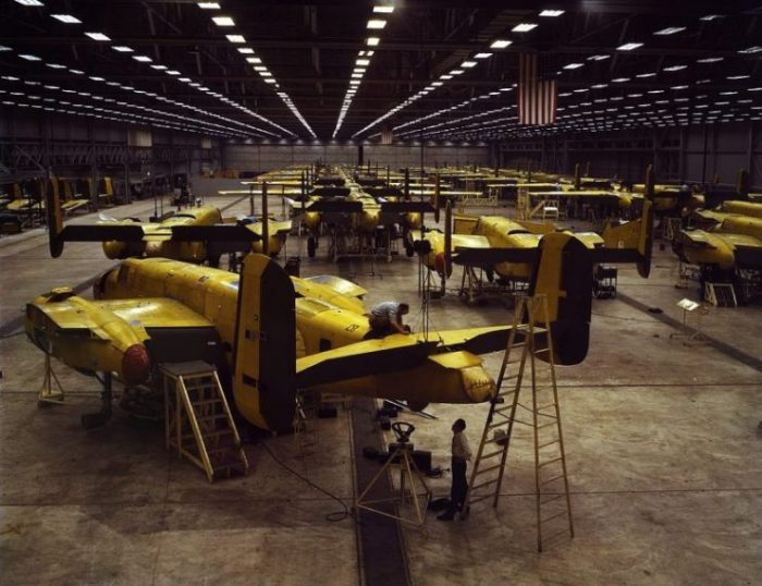 North American B-25 Mitchell production in Kansas City in 1942