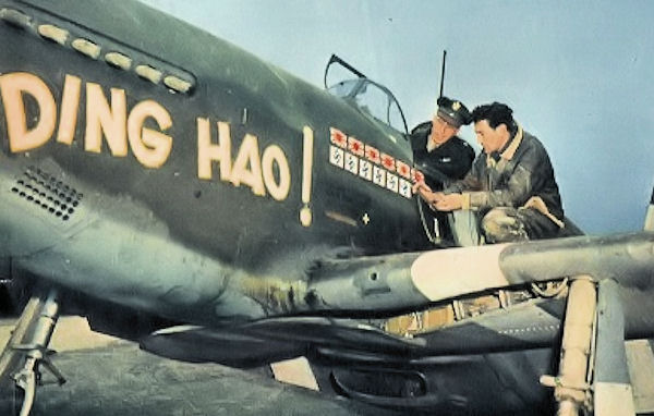 """P-51B Mustang """"Ding Hao!"""" and Maj James Howard (in cap) of the 356th Fighter Squadron at RAF Boxted, Essex, England, UK; early 1944."""
