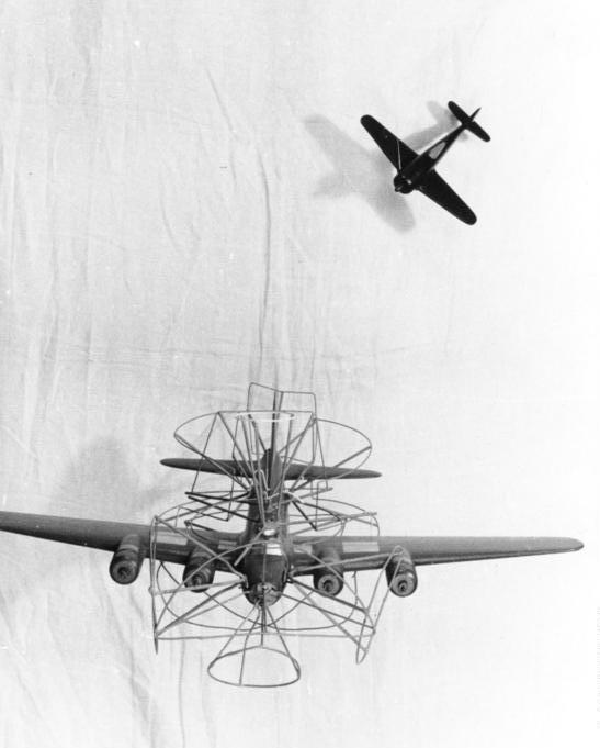 This German training model shows from which angle to attack a B-17. Bundesarchiv CC BY-SA 3.0